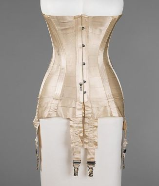 1915 Corset at the Met
